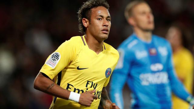 Neymar já reagiu à transferência de Paulinho para o Barcelona