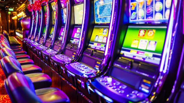 Apostou três dólares e ganhou 11,8 milhões. Casino entrega prémio inédito