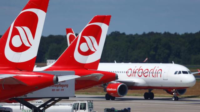 Companhia aérea Air Berlin abre processo de insolvência