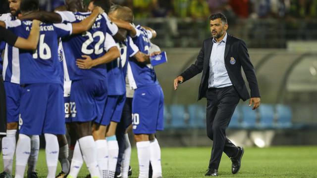 FC Porto: Compras? Nem vê-las. Vender esteve na ordem do mercado