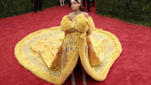 Rihanna lança coleção única… de meias