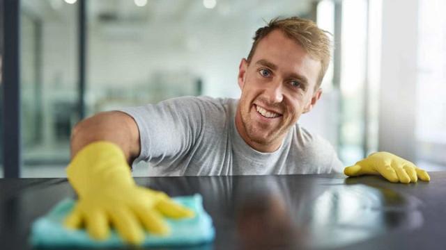 Estas 30 dicas de limpeza podem facilitar-lhe a vida