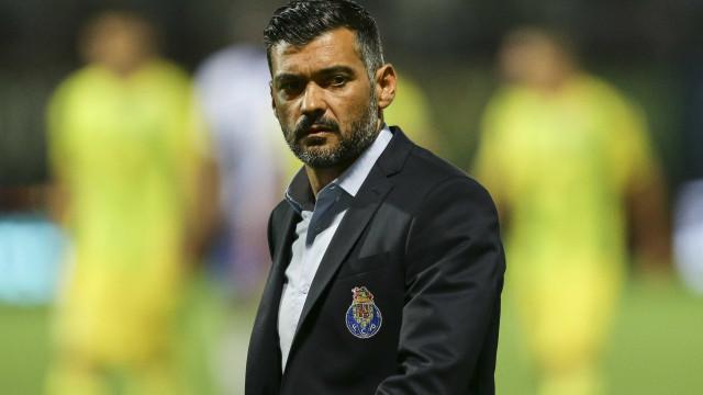 """Sérgio Conceição: """"Pedem-me para parar o domínio do Benfica"""""""