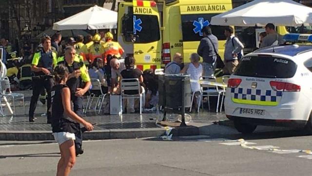 Polícia confirma que atropelamento em Barcelona foi ataque terrorista