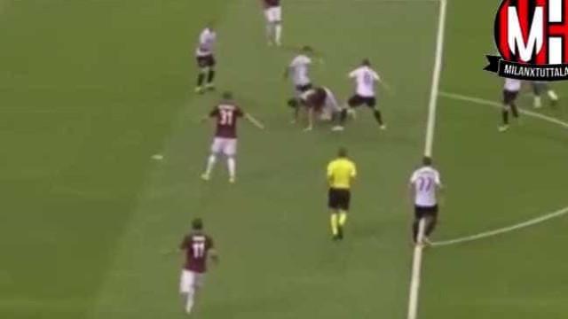 Persistência e raça de André Silva no seu segundo golo pelo AC Milan