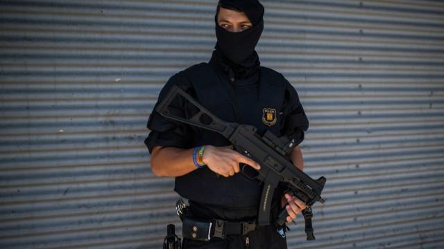 Explosão na Catalunha relacionada com ataque terrorista