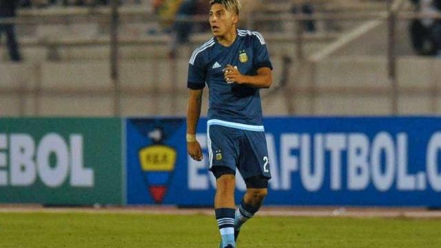 FC Porto e Sporting lutam por avançado de apenas 19 anos