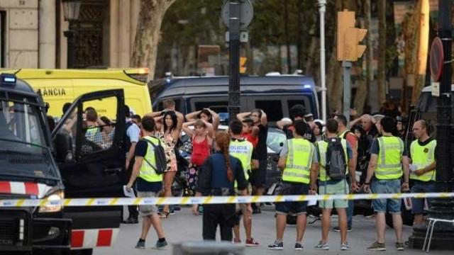 O que fazer para tentar escapar a um ataque terrorista?