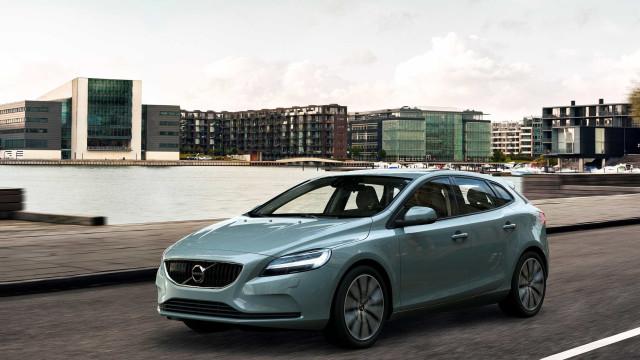 Volvo V40 quebra barreira do meio milhão de unidades vendidas