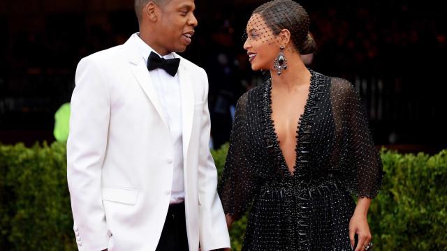 Beyoncé e Jay-Z vistos com os filhos gémeos