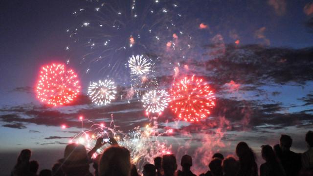 Governo mantém proibição de fogo-de-artifício em sete distritos