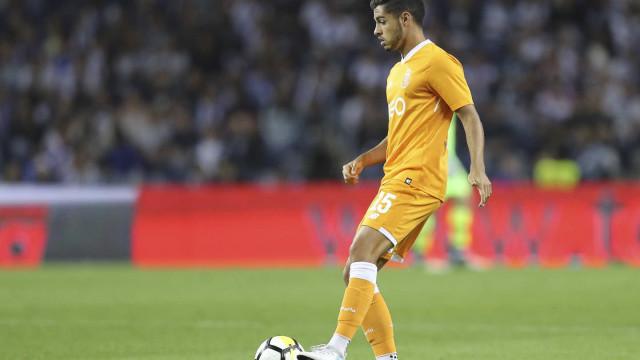Rafa Soares viaja sábado de manhã para Inglaterra