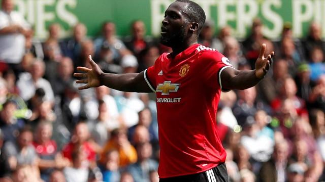 Lukaku volta a marcar e Manchester United de Mourinho volta a golear