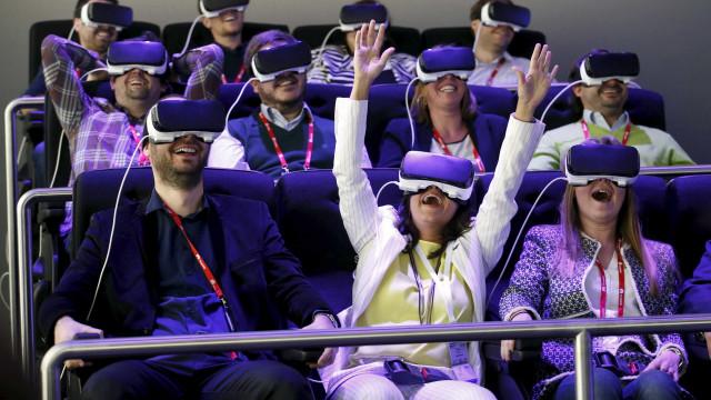A realidade virtual não serve apenas para jogar. Eis 24 exemplos