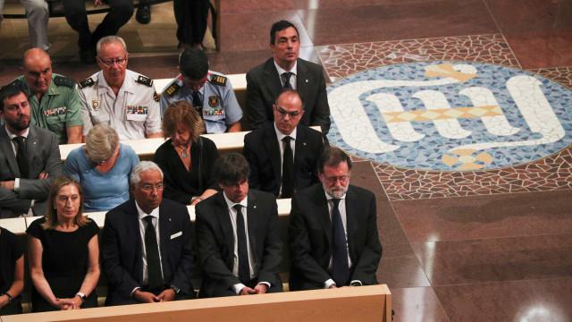 Marcelo e Costa na missa de homenagem às vítimas de ataque em Barcelona