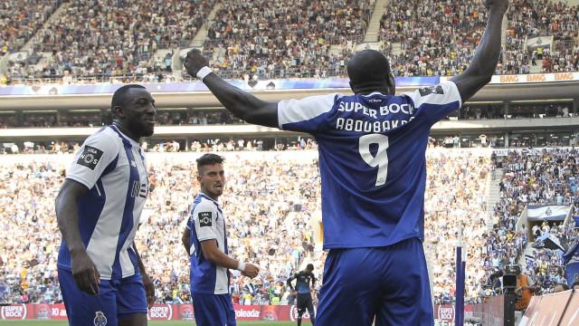 FC Porto confirma lesão de Marega