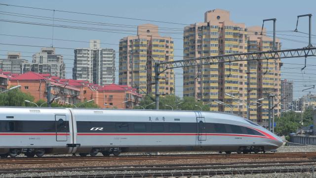China inaugura em setembro um dos comboios mais rápidos do mundo