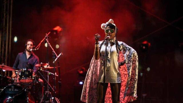 La Dame Blanche leva o calor da música cubana ao Theatro Circo