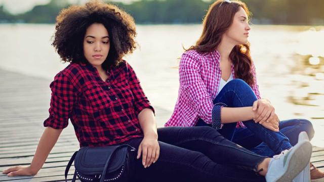 Dez sinais de que os melhores amigos se estão a afastar