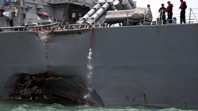 Marinha dos Estados Unidos anuncia substituto de comandante afastado