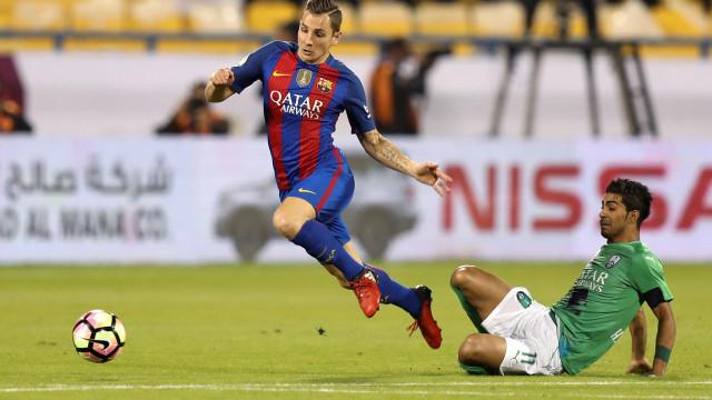 Jogador do Barcelona desceu às Ramblas para ajudar vítimas do atentado