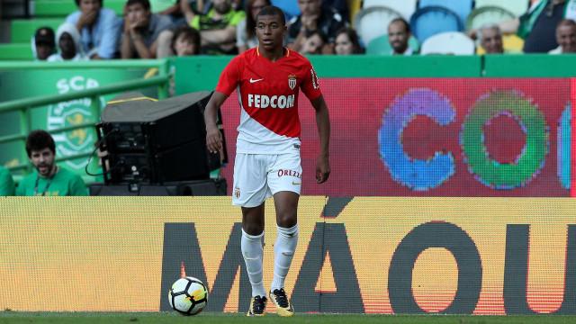 L'Equipe: Monaco fecha acordo com PSG por Mbappé