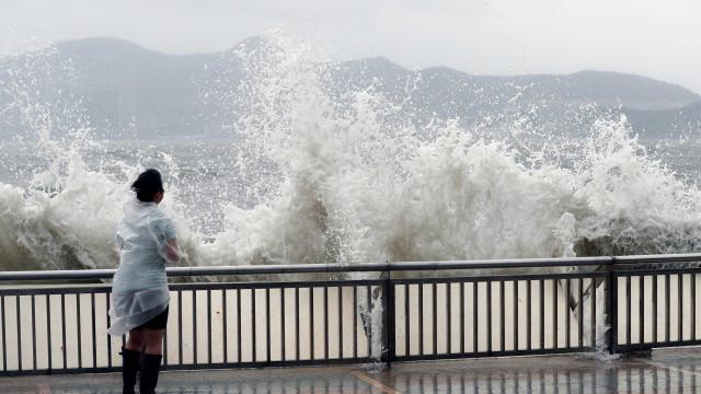 Três mortos e dois desaparecidos em Macau devido a tufão