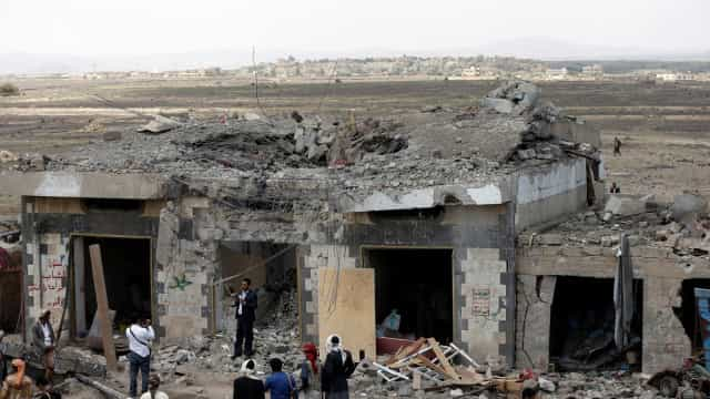 EUA dizem que mataram dezenas de extremistas no Iémen