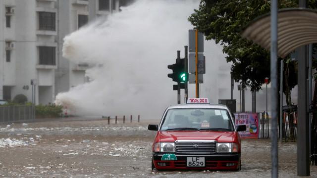 Serviços de Saúde corrigem: Não há portugueses entre feridos do tufão