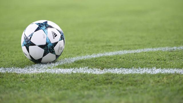 Champions: Benfica e FC Porto evitam alguns gigantes, Sporting ameaçado