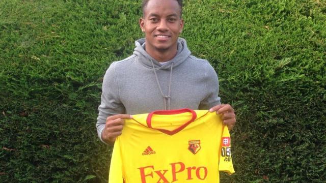 Mal chegou a Inglaterra, Carrillo encontrou-se com ex-colega do Sporting