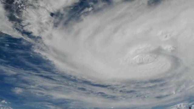 NASA mostra o furacão Harvey visto do espaço