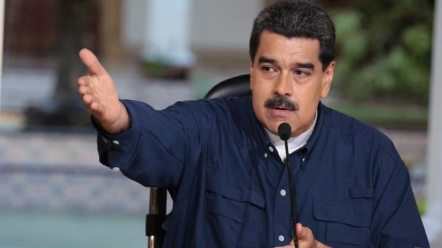 Maduro anuncia corte de relações com a Colômbia