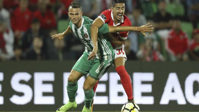 Benfica não teve arte nem engenho para contrariar carrossel vilacondense