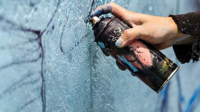 """Artistas de grafíti vão pintar o """"reino maravilhoso"""" em Vila Real"""