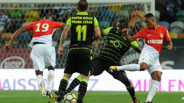Saída de Mbappé faz Monaco avançar por... William Carvalho