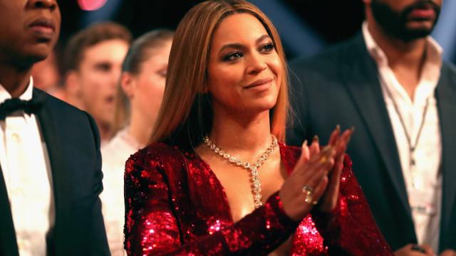 Beyoncé lança boné especial… para cabelos afro