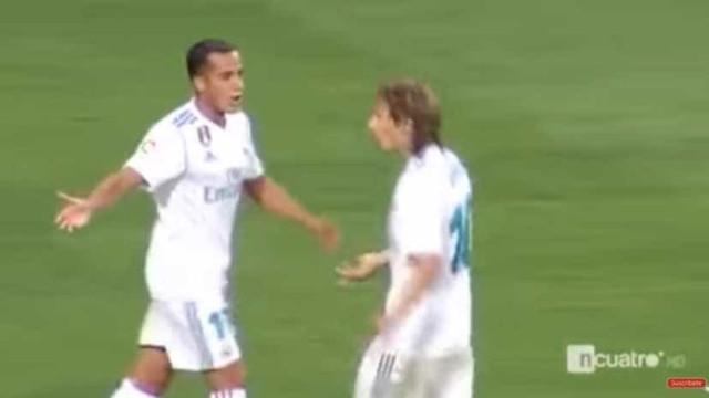 """'Frisson' entre Modric e Lucas Vázquez no Bernabéu: """"Não me f...!"""""""