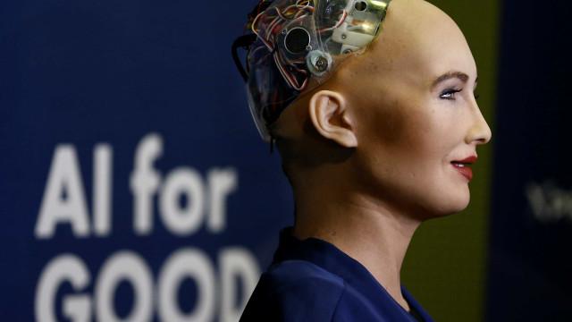 Web Summit estreará os primeiros oradores robots