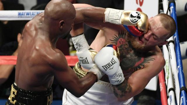 McGregor suspenso por dois meses após combate com Mayweather