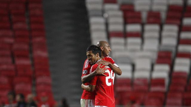 Garay quer regressar ao Benfica e voltar a fazer dupla com Luisão