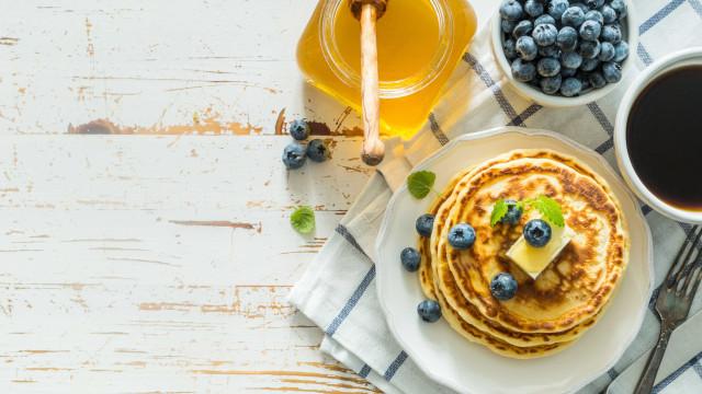 Estes são os piores hábitos que pode ter ao pequeno-almoço