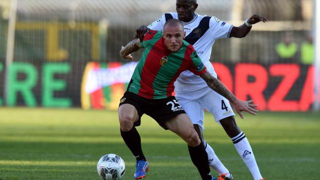 Defesa senegalês do Brescia apontado ao Sporting