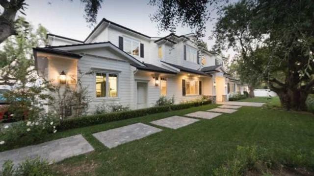 Scott Disick aluga mansão por 60 mil dólares ao mês