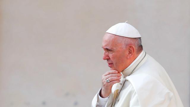 Papa apela aos líderes europeus para serem solidários com migrantes