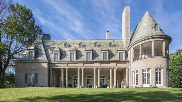 A Casa do Grande Gatsby está à venda. Por 14,2 milhões, é sua