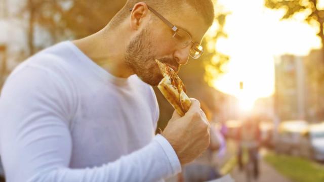 Descubra a dieta dos macro nutrientes que lhe permite comer tudo