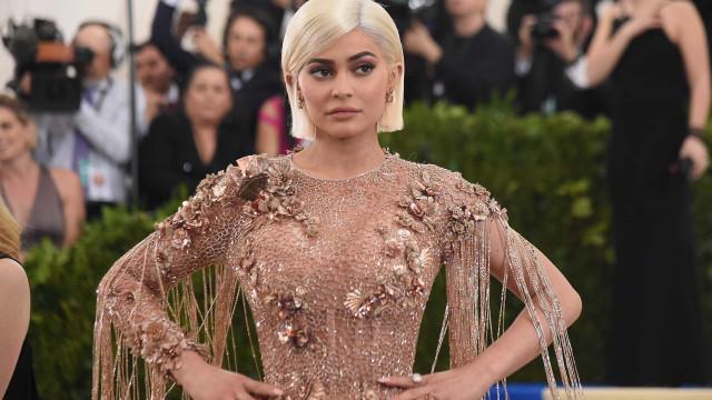 Afinal, foi Kris Jenner quem proibiu Kylie de expor a gravidez