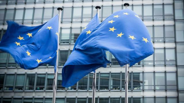 Conselho da UE dá 'luz verde' a nova diretiva que inclui artigo 13.º