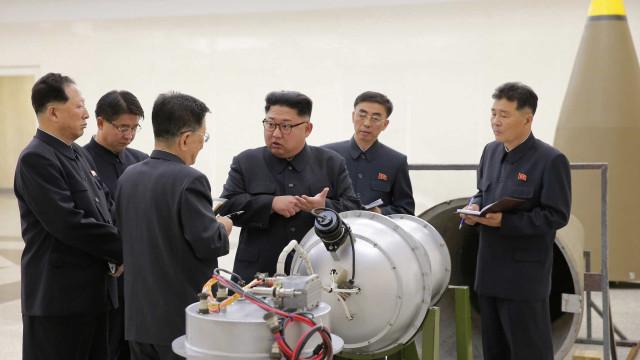"""Coreia do Norte ameaça EUA com """"derradeiro desastre"""" caso haja provocação"""